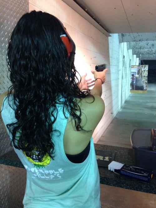 shooting arms shoot