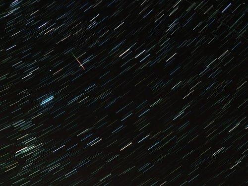 shooting star  meteor  perseids