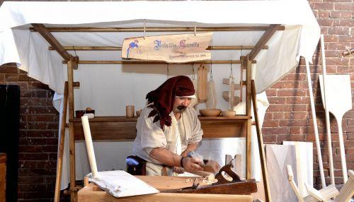 shop carpenter medieval