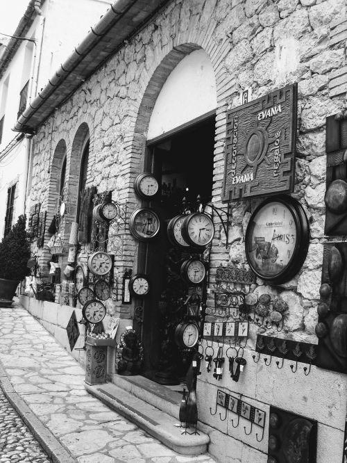 shop clocks guadalest