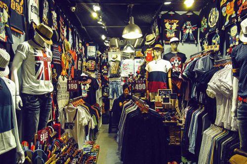 shop t shirt clothes