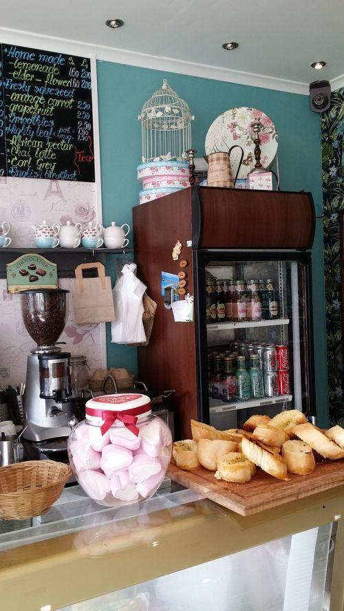 shop sweets cafe