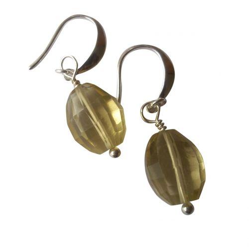 shopping jewelry gems