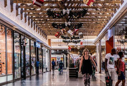 shopping mall woman shopping
