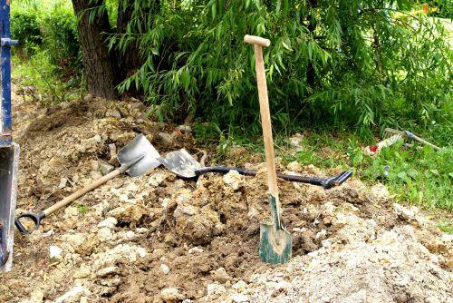 shovels earth layout