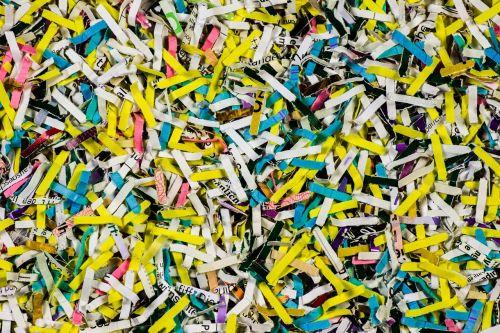 shredded paper file schnitzel shredder