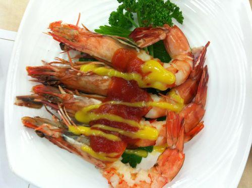 shrimp shrimp tempura seafood