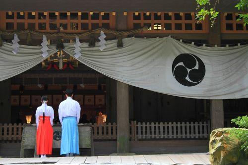 shrine worship visit