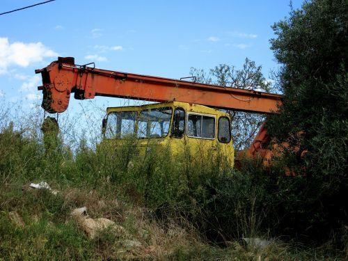 shut down old crane