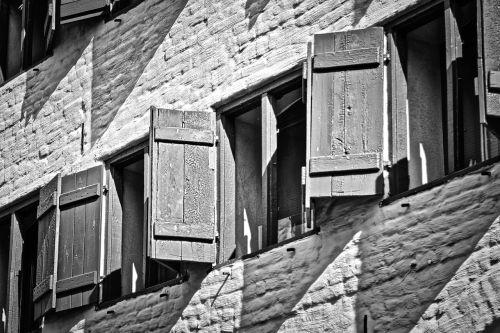 shutter wismar youth hostel