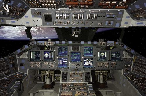 shuttle cockpit space
