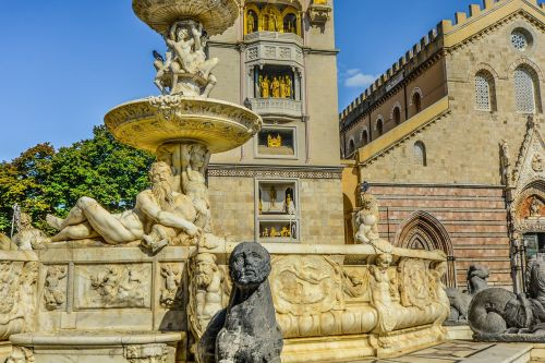 sicily,messina,sculpture,statue,fountain,church,cathedral,italy,italian,gothic,baroque,architecture,tourism,europe,renaissance,travel