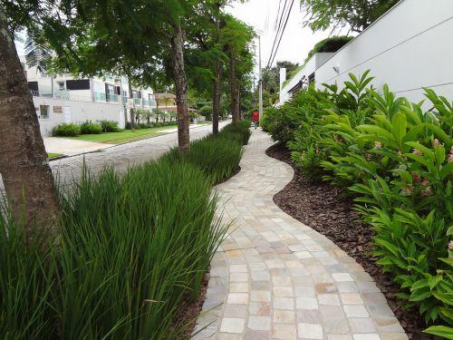 sidewalk path ride