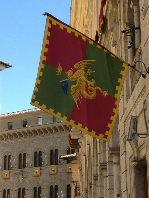 siena italy flag