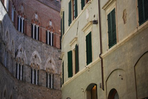 siena buildings toscana