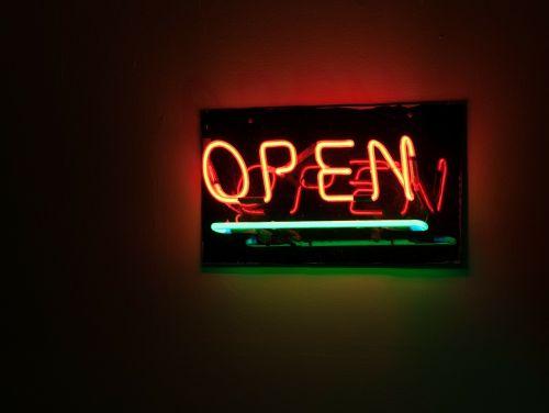 sign open neon