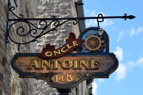 sign pub old