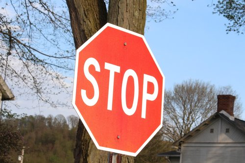 sign  stop  stop sign