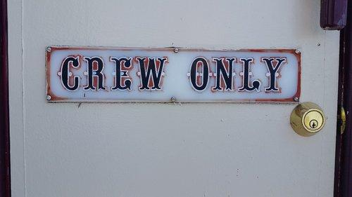 sign  crew  lock