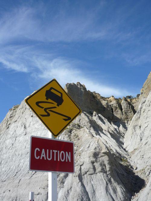 sign road warning