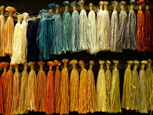 silk thread raw silk