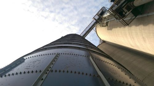 silo depth agriculture