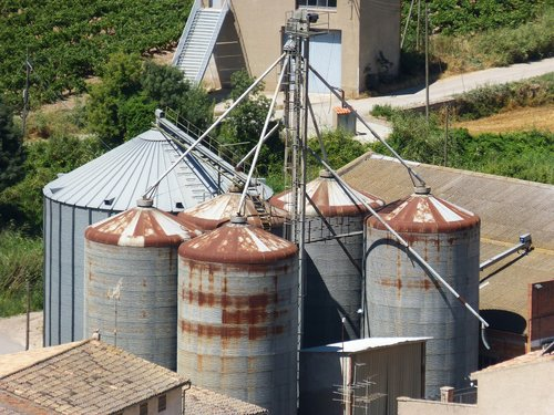 silos  old  worn