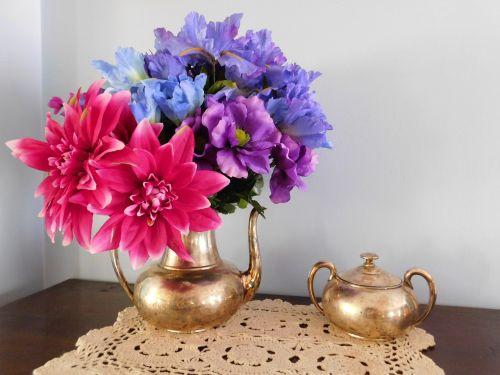 silver tea bouquet