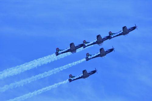 Silver Falcon Aerobatic Team 2