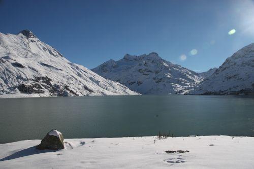 silvretta reservoir winter