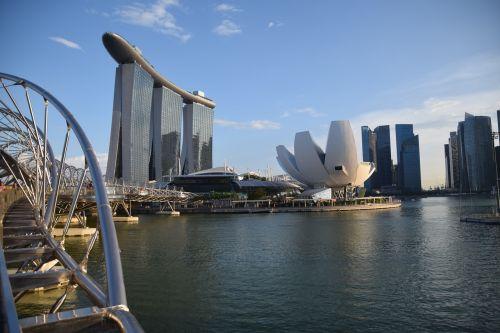 singapore helix bridge marina bay