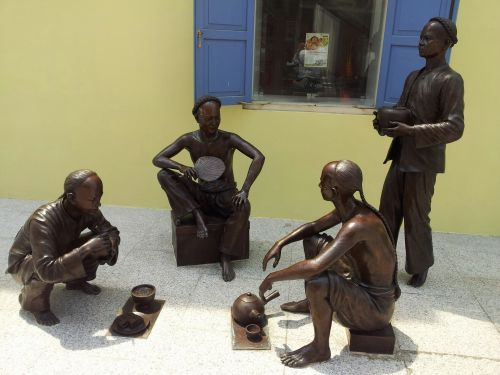 Singapore Street Statues