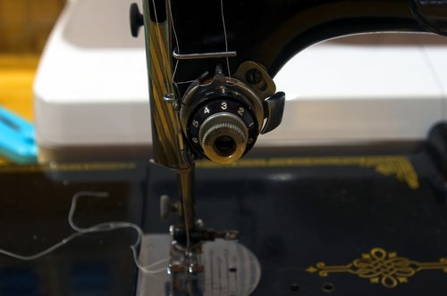 singer controls  sewing  antique