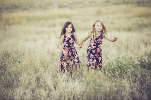 sisters girls summer