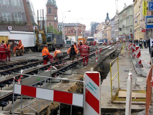 site construction workers prague