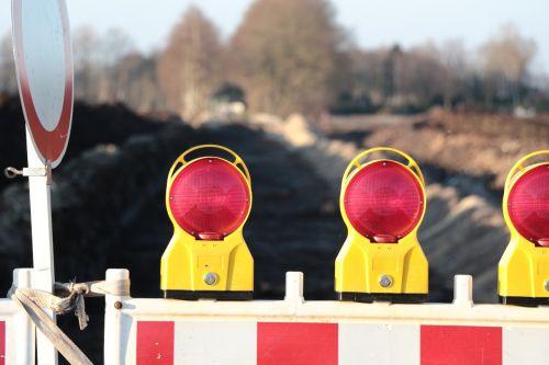 site warning light road works