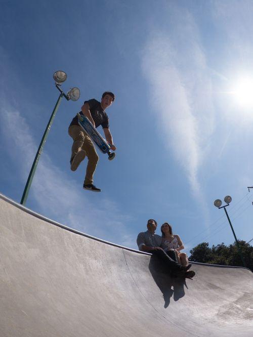 skate board skateboard