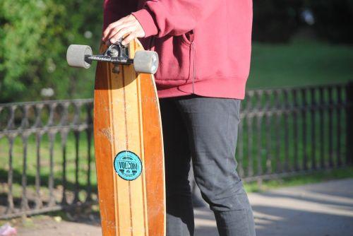 skate longboard guy