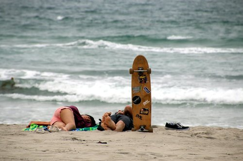 skater  rest  couple
