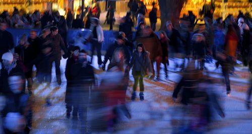 čiuožimo,naktis,žiema,Londonas,kensingtonas
