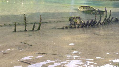 skeleton lake green