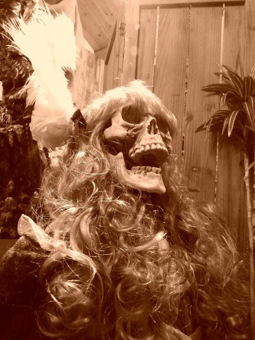 skeleton skull women