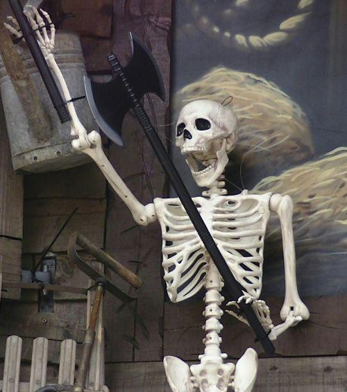 baugus, skeletas, skeletas, kaukolė, kaukolės, creepy, įsiuvas, gory, siaubas, Halloween, vaiduoklis, vaiduoklis, vampyras, ghouls, Zombie, zombiai, baimė, bauginantis, košmaras, košmarai, velnias, velniška, skeletas su kirviu