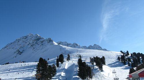 ski runway winter