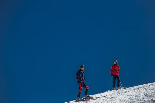 ski skiers ski area