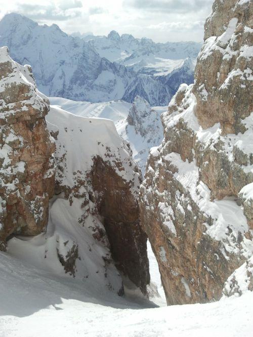 ski freeride steep slope