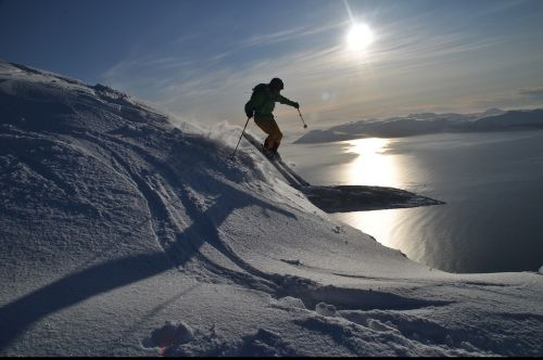 ski backcountry skiiing alpine