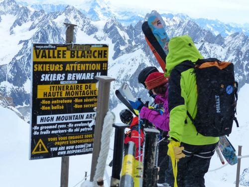 ski skiers alps