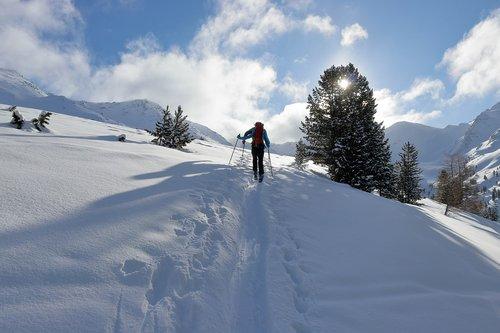 ski  winter  sun