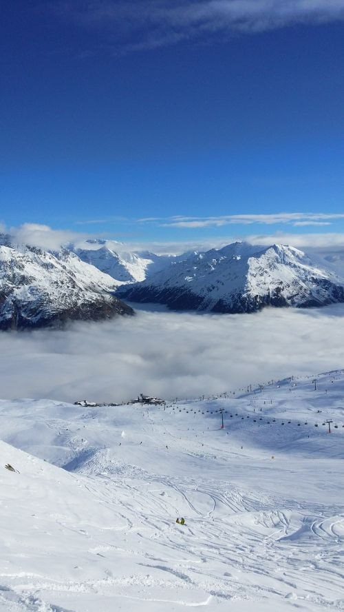 ski area mountains fog